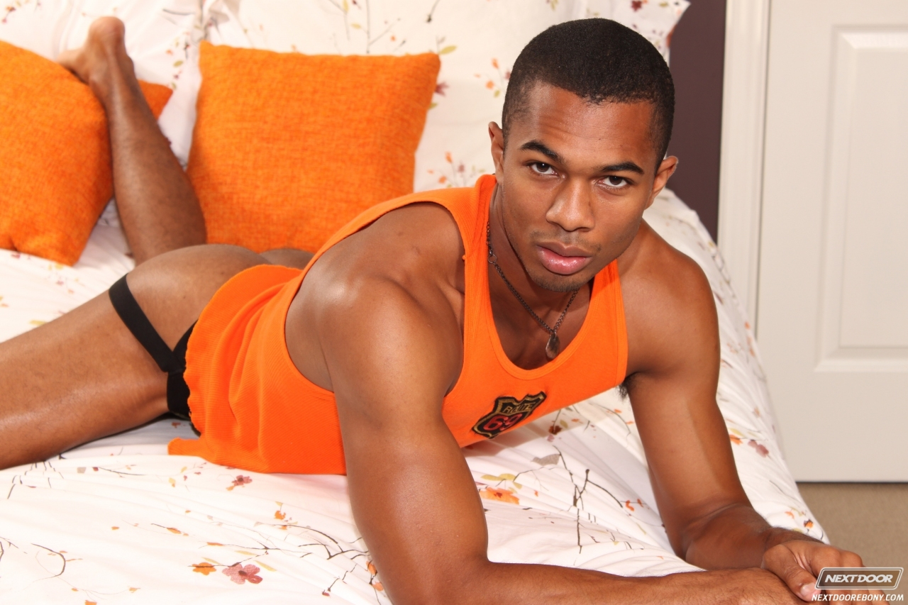 Next Door Ebony – Sean Xavier