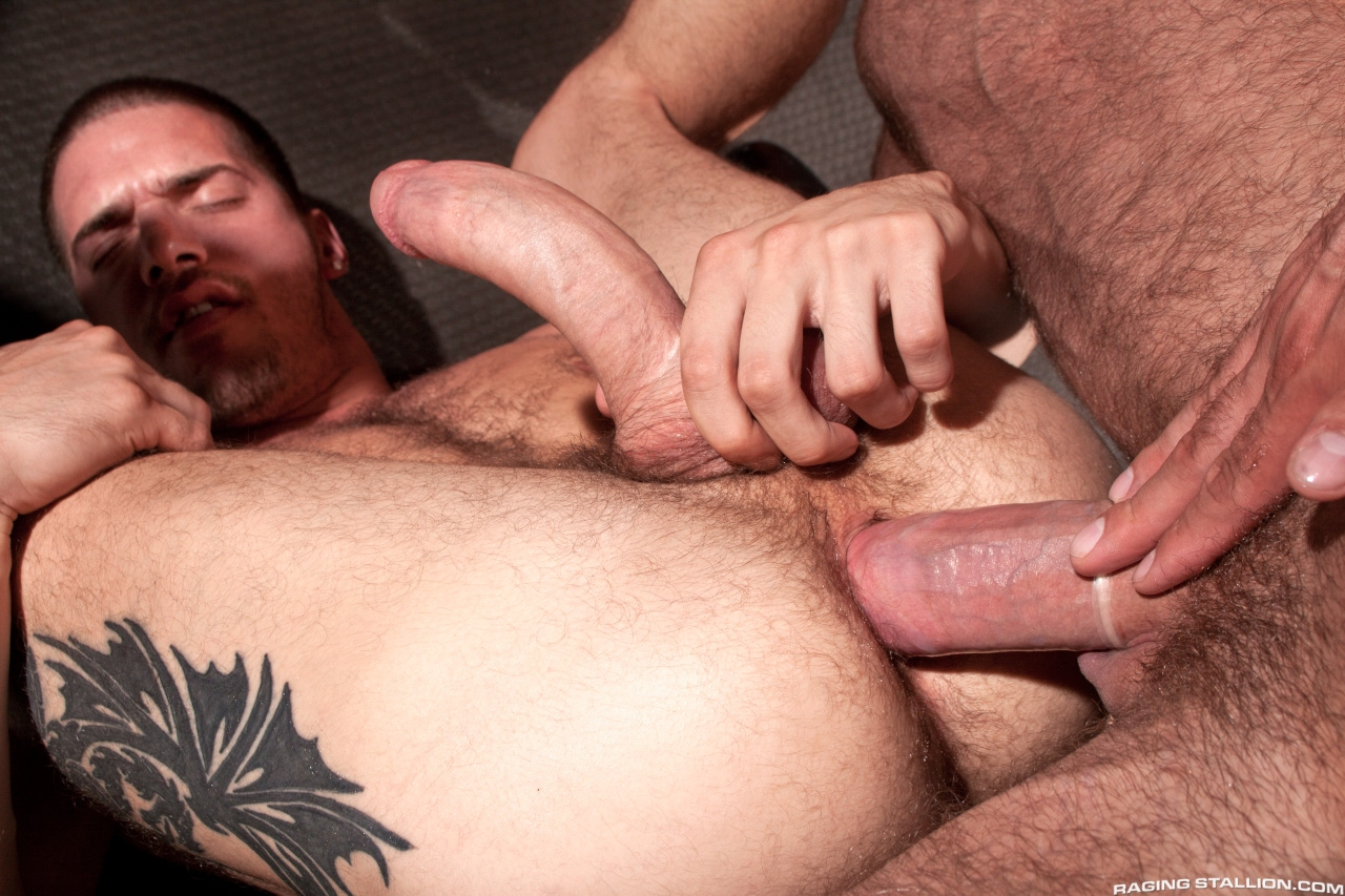 Raging Stallion – Ty Roderick, Jake Genesis