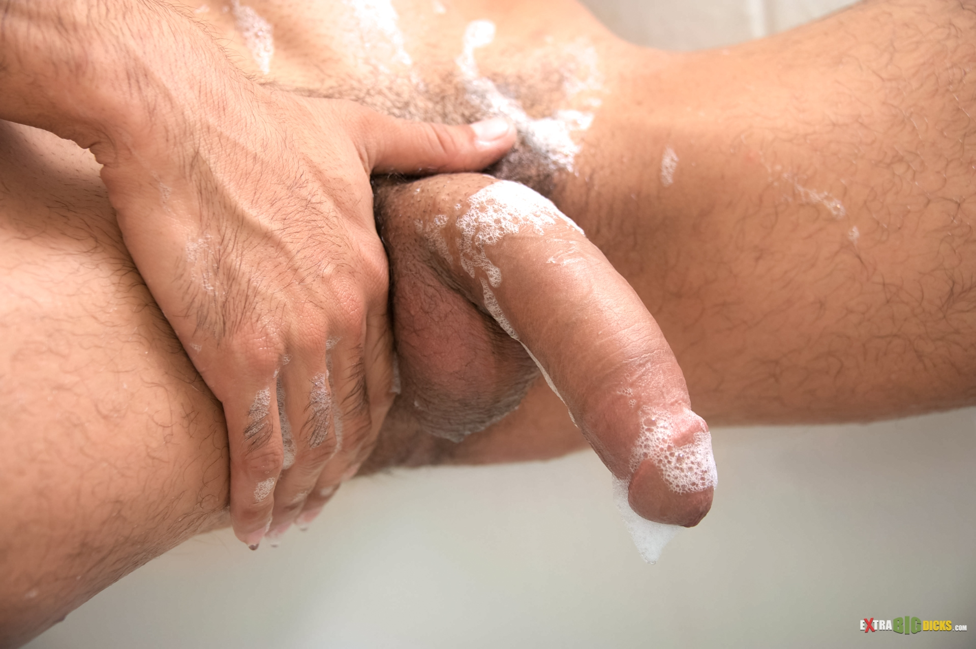 Extra Big Dicks – Nothing Like A Clean Cock